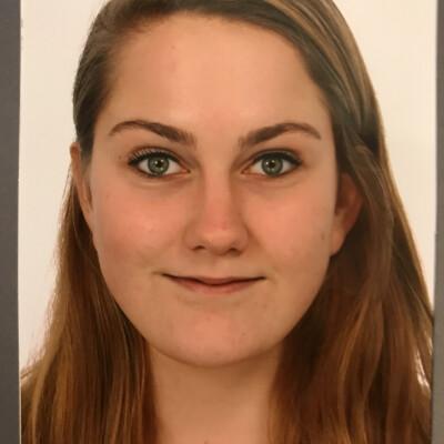 Laura zoekt een Appartement / Huurwoning / Studio / Woonboot in Groningen
